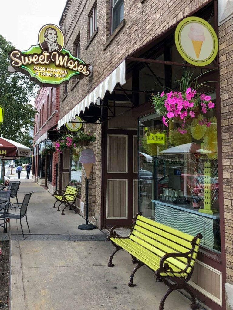 Exterior of Sweet Moses in Cleveland