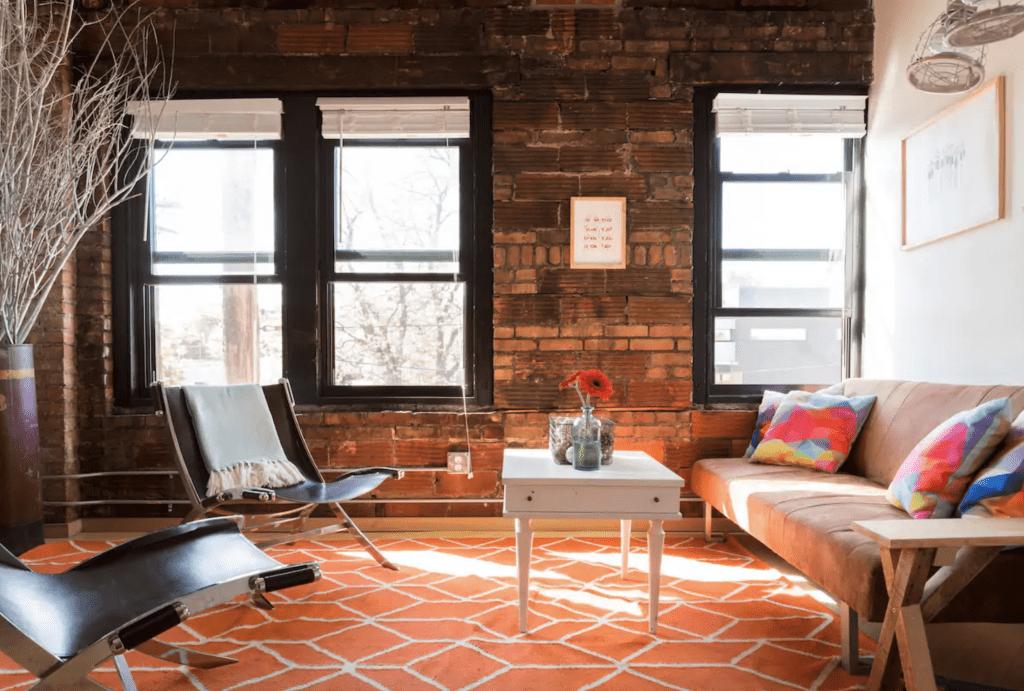 Heart of Hingetown apartment