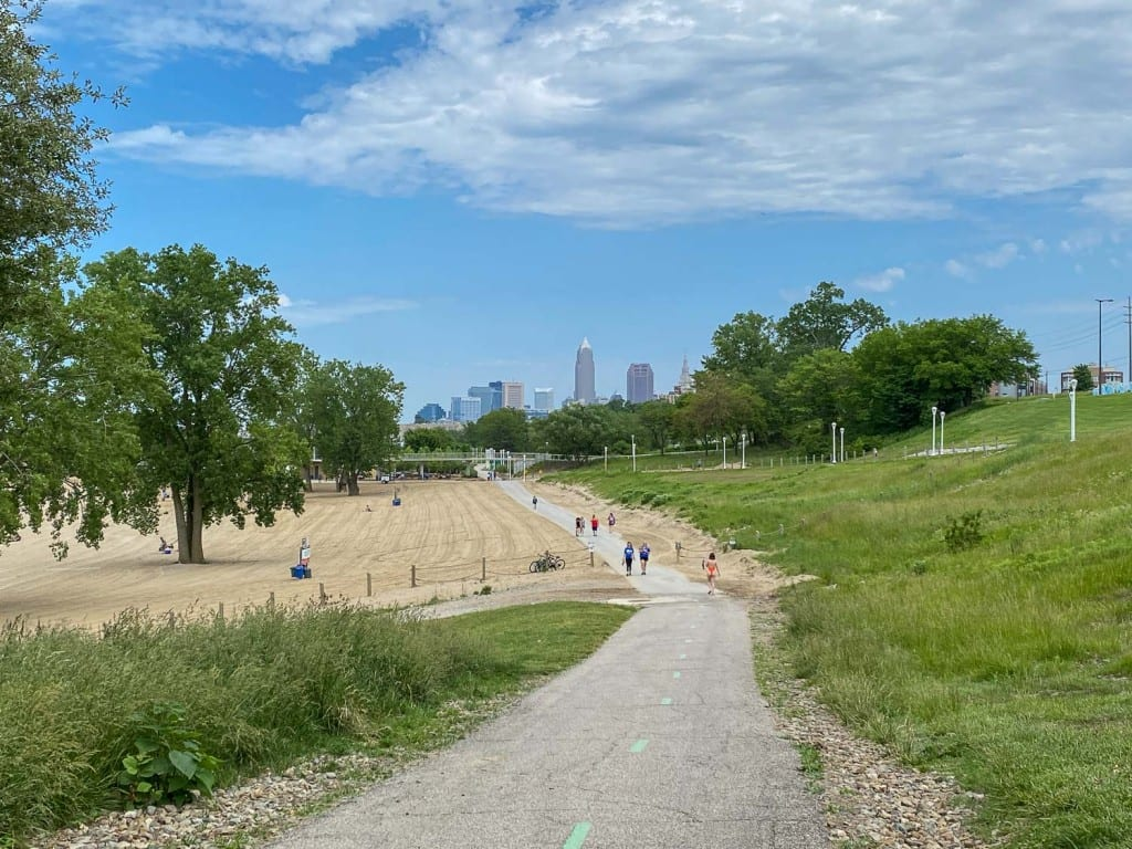 Edgewater Park trail